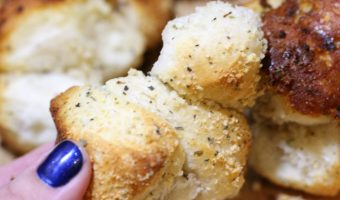 Garlic Parmesan Biscuit Pull Apart Bread