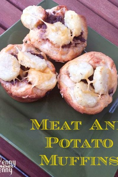Easy Meat and Potato Muffins recipe is the perfect muffin tin recipe to make with Pillsbury biscuit dough! Easy dinner to make the whole family will love.