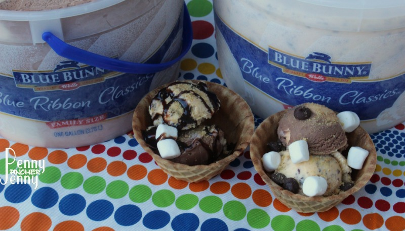 These Smores Ice Cream Sundaes are perfect for summer time! Some days ...