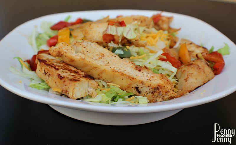 Easy Chicken Fajita Salad