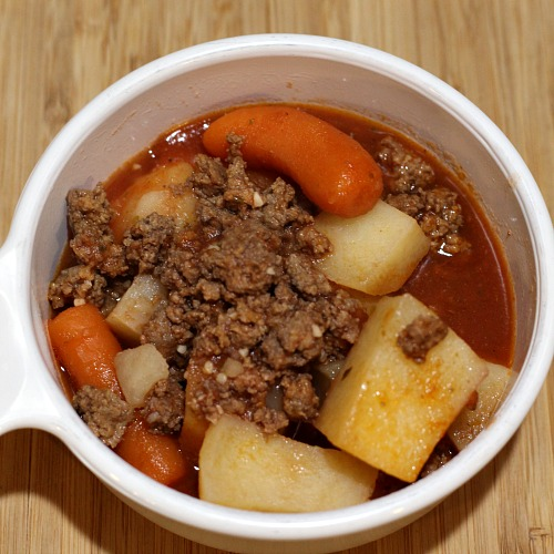 This easy frugal Crock Pot Hamburger Stew Recipe is perfect to make for busy weeknights! Plus its the perfect frugal meal to make with vegetables as well!