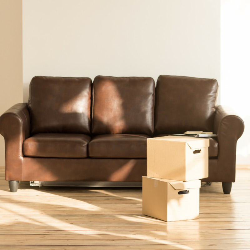 Moving can be a pain!! These easy moving tips can help you to stay sane during the moving process and organized as well during the process.