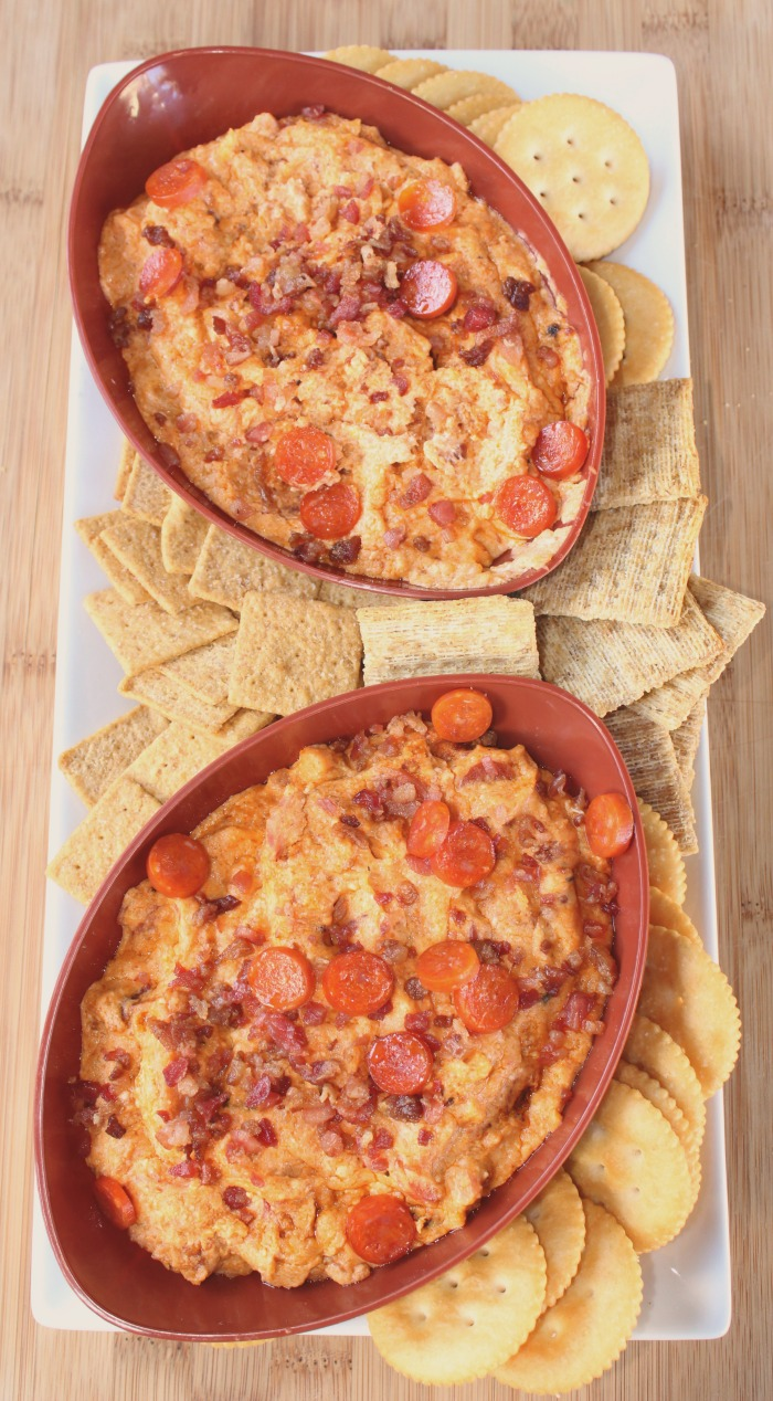 This Slow Cooker Meat Lovers Pizza Dip is the perfect dip to make for ...