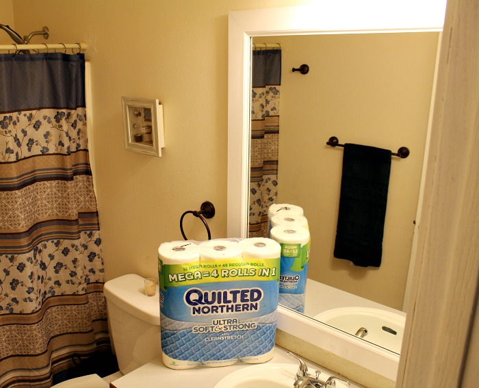 These ways are sure to make to update a bathroom an easy way to be guest ready!! Plus an easy DIY Bathroom Mirror Frame to make it look sharp!