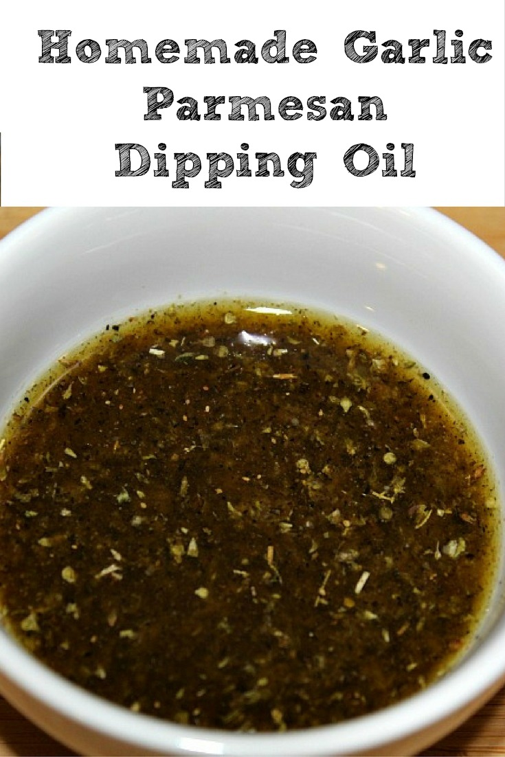 This Homemade Garlic Parmesan Dipping Oil is amazing for dipping pizzas in and breads! Plus since you make it at home it's a fraction the cost of buying it!  Easy Homemade Garlic Parmesan Dipping Oil #GrabSomeCheer  #ad