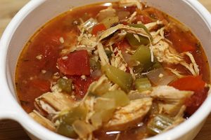 This Slow Cooker Chicken Fajita Soup is the perfect soup to make on a cold day! The smell from your crock pot will warm the whole house! Plus it has 0 Weight Watchers Smart Points with the new Freestyle plane from Weight Watchers!