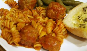 Easy Instant Pot Pasta And Meatballs!!