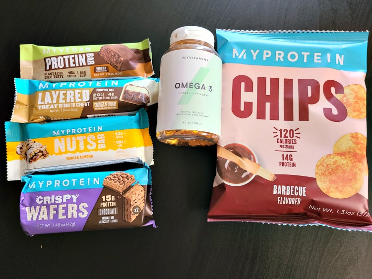 Myprotein Review!! Myprotein is a site to meet all your protein needs with working out as well as workout clothes!! Snacks, powders, and accessories!